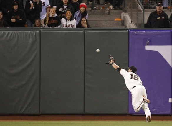Angel Pagan unbelievable catch image